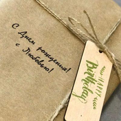Оригинальная упаковка продукции Печать фото на дереве