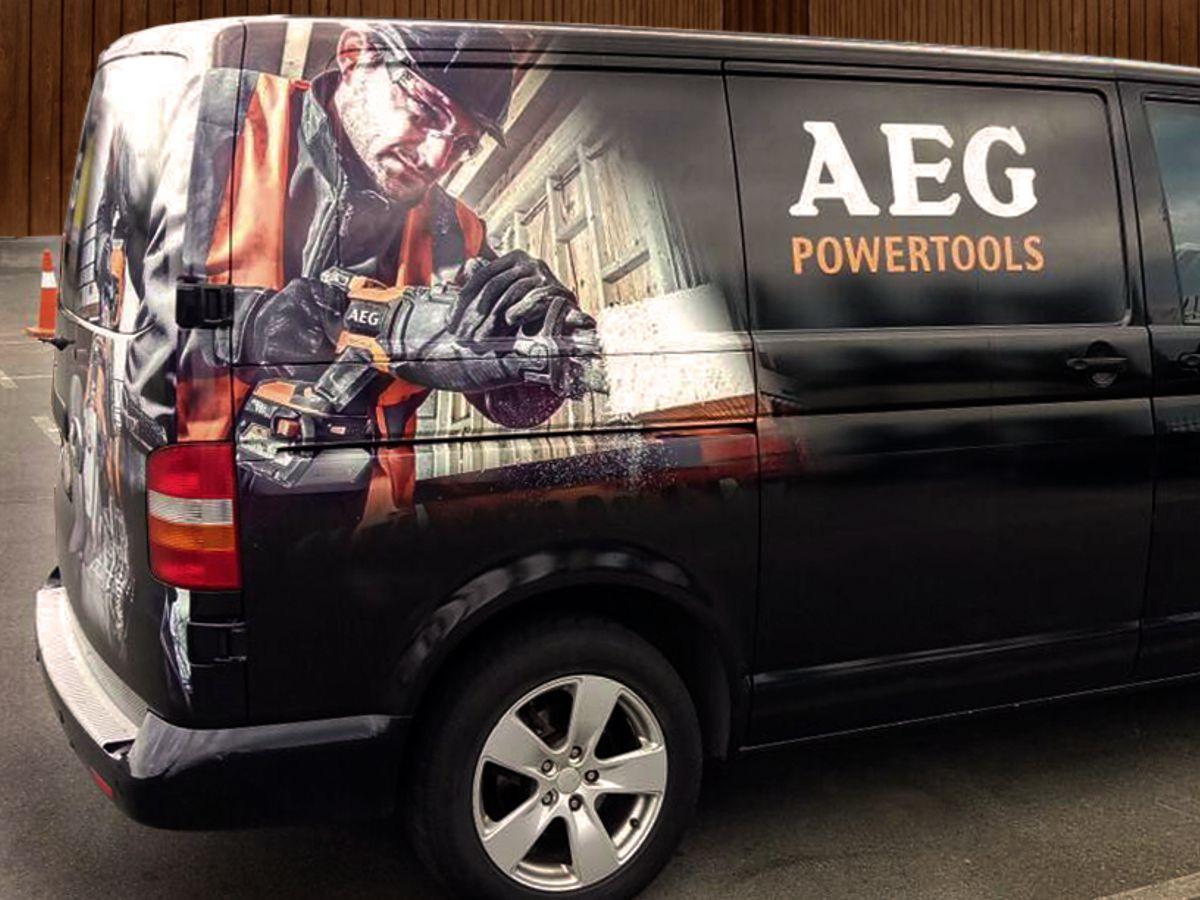 Создание проекта и оклейка коммерческих автомобилей компании AEG
